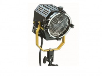 Desisit Magis theaterspot met fresnel lens en 650w lamp, manual operated